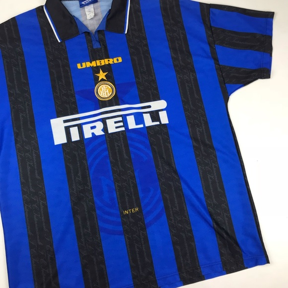 a50a1b67cf4f Vintage Umbro Inter Milan Pirelli Soccer Jersey. M 5bcd8b00a31c334f17b3ba2b